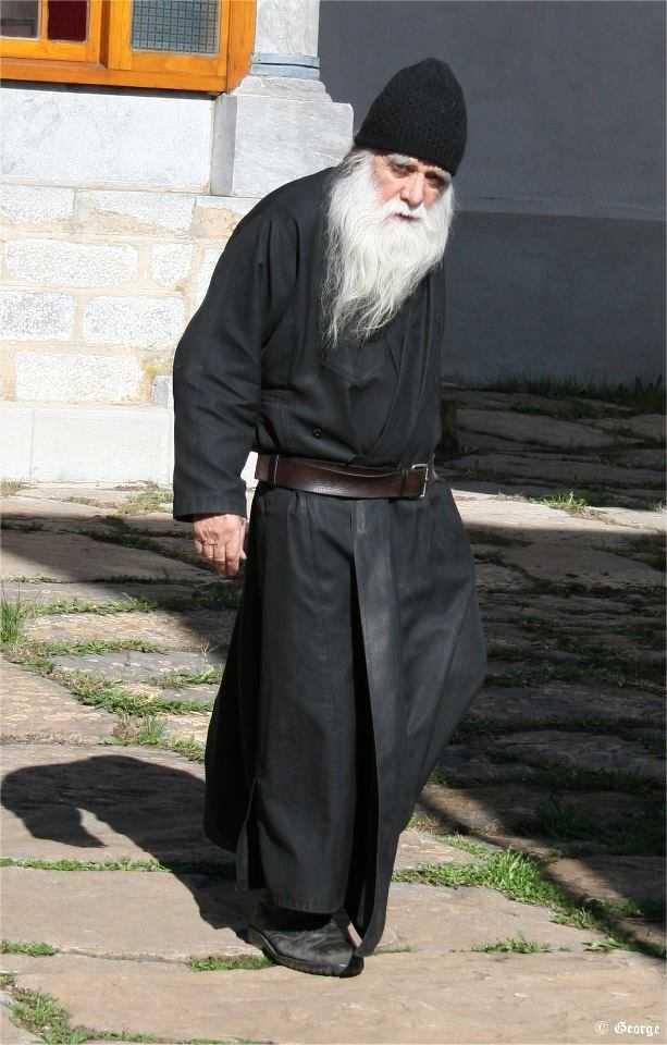 avva_iulian_duhovnicul_romanilor_din_athos