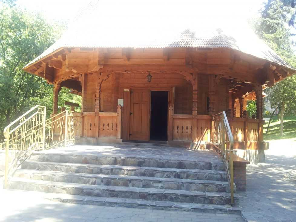 bisericuta campus Hasdeu - Adevarul