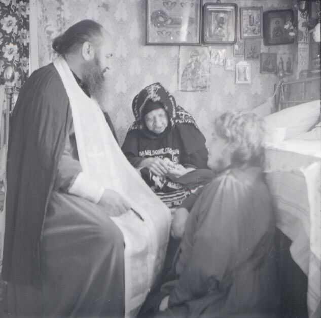 Maica Macaria rugaciune