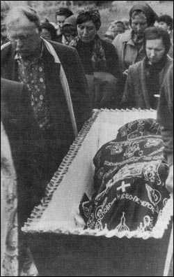 moartea maicii Macaria