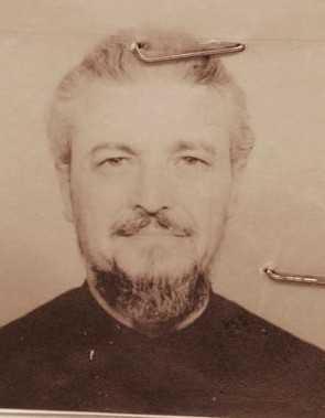 părintele Benedict Ghiuş