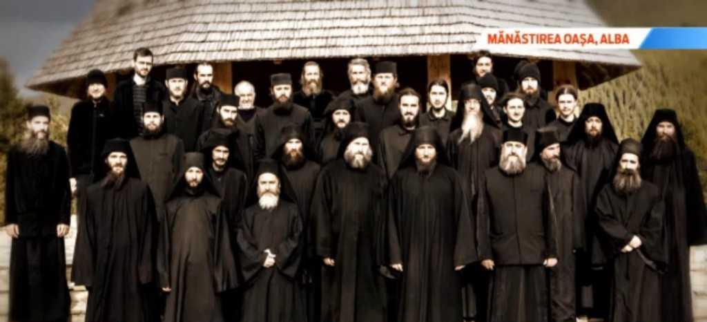 Manastirea tinerilor din locul preferat al lui Sadoveanu Valea din munti unde chiar si ateii il gasesc pe Dumnezeu - snapshot16