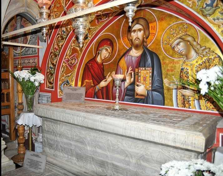 manastirea_putna_biserica_mormantul_sfantului_stefan_cel_mare_1_0