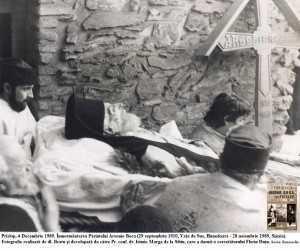 Inmormantarea-Parintelui-Arsenie-Boca-Nov-1989-Florin-Dutu-Prislop-Foto-1-via-Roncea-Ro