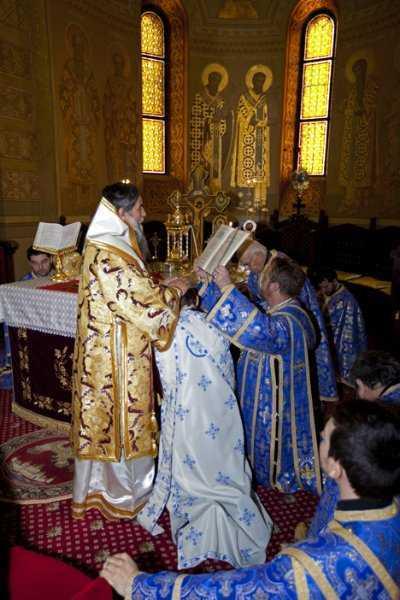 Hirotonie-preot
