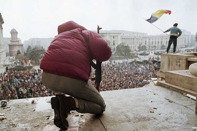 A scene in Republic Square, where the army's presence marks the overthrow of Ceausescu. ca. December 1989 Bucharest, Romania