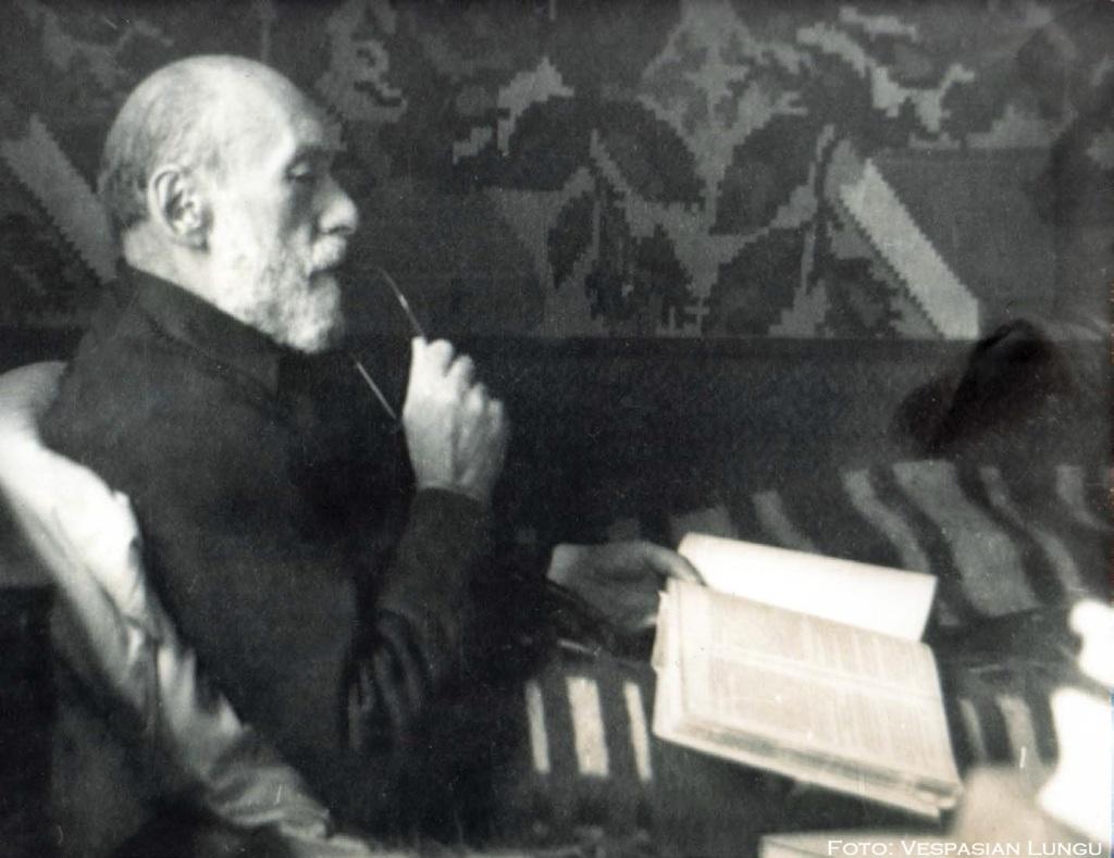 Calugarul-Nicolae-Steinhardt-Foto-Vespasian-Lungu-Revista-Verso-via-Marturisitorii
