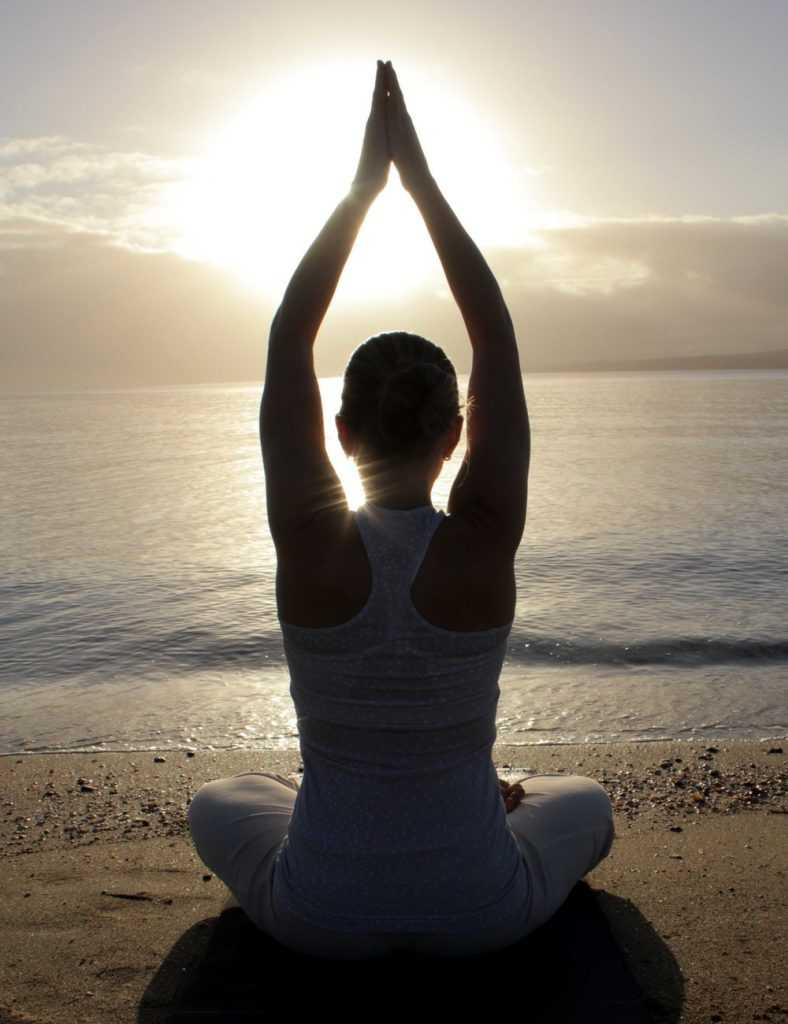 Yoga+Auckland_Golden+Yogi_Erin+O'Hara_Kundalini+Yoga_SunStunner