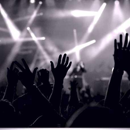 concert-crowd_1-7505