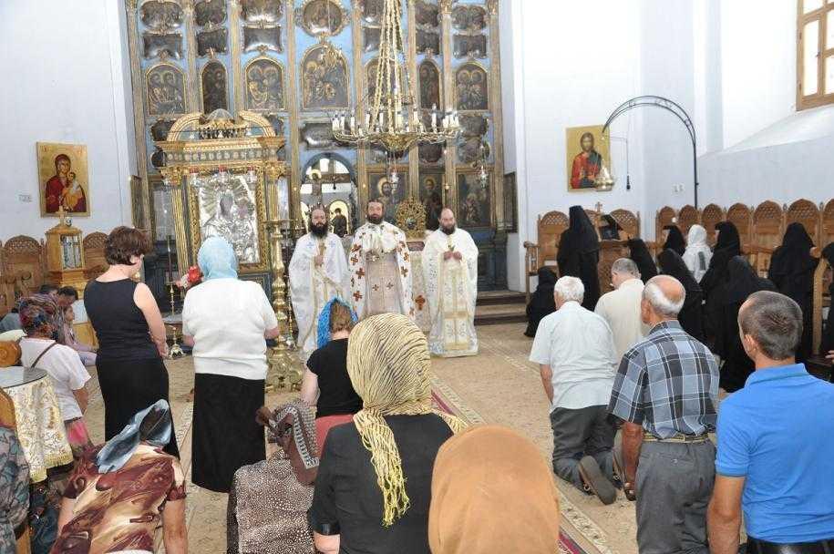 hram_manastirea_miclauseni_4