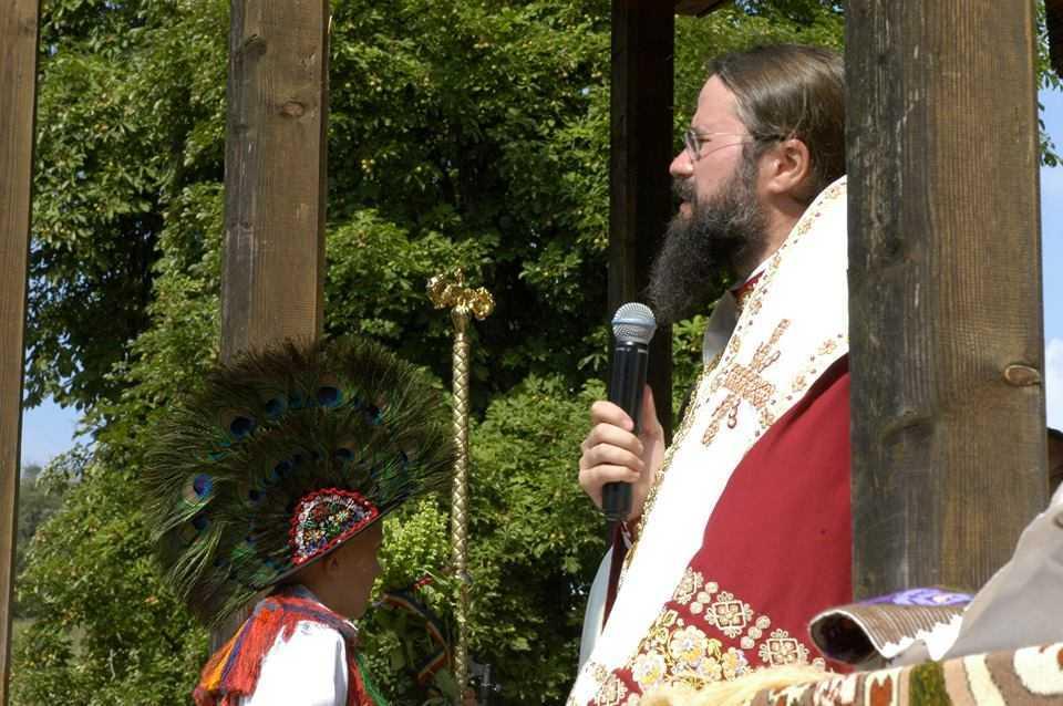 Cuvant marturisitor al PS MACARIE la hramul Manastirii DOBRIC (audio + text): <i>&#8220;VREMURILE SUNT FOARTE GRELE şi devin din ce în ce mai grele, însă în aceste vremuri trebuie să mărturisim</i>. BISERICA ESTE UNA, NU POT FI MAI MULTE! În Biserica Ortodoxă să rămânem până la sfârșit, FĂRĂ SĂ-I DISPREȚUIM PE CEILALȚI&#8221;. Impotriva prozelitismului NEOPROTESTANT