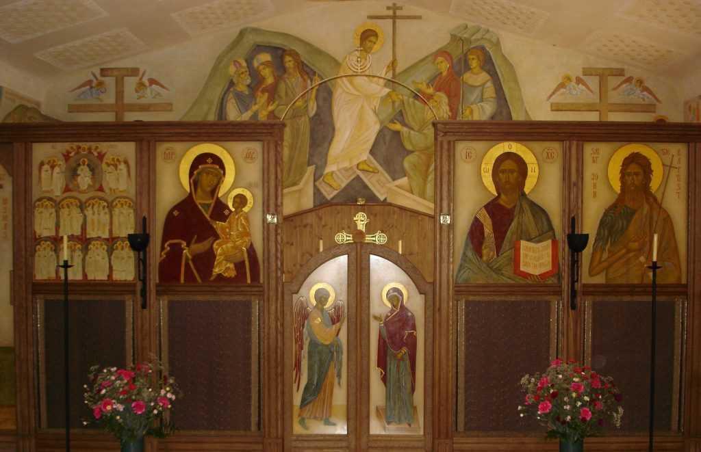Biserica noua, luni 2.05.05 (2)