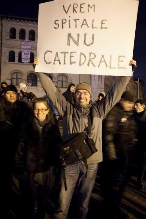 Vrem-spitale-nu-catedrale-Bucuresti