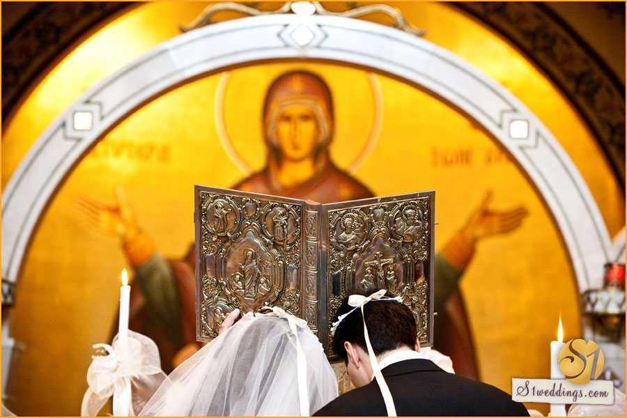 Ce este, cum se dobandeste, cum se pazeste si cum se lucreaza IUBIREA ADEVARATA INTR-O CASNICIE? <i>&#8220;Iată de ce în Ortodoxie căsătoria este privită drept cale duhovnicească şi de nevoinţă&#8221;</i>