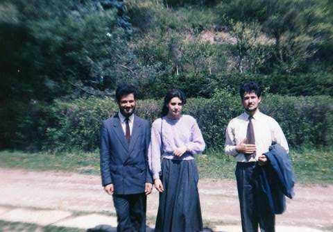 o poză veche-Prislop,8 Mai 1993, viitorul părinte Ștefan, Maria și viitorul părinte Ciprian