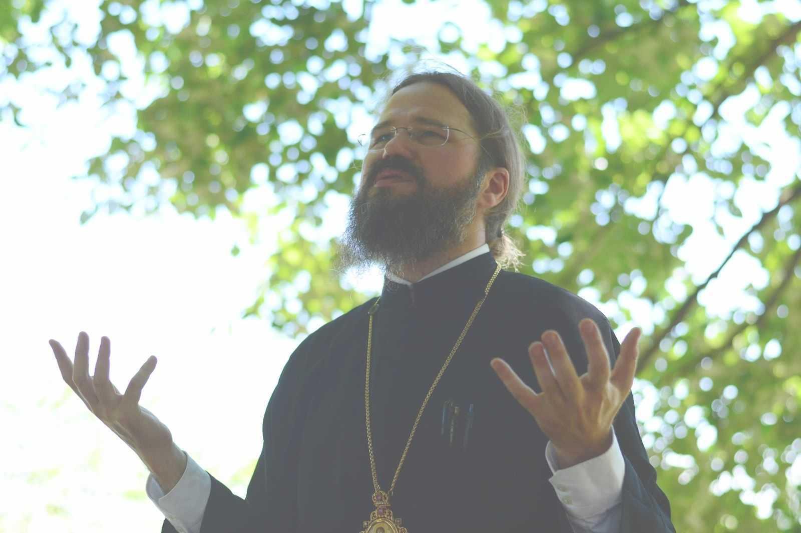Părintele Episcop MACARIE despre SFANTA EUFIMIA, marturisirea credintei, casatoriile homosexuale si cele mixte si PROVOCARILE DE AZI ALE BISERICII: <i>sectarism, secularism, sincretism</i> (VIDEO, tabara ASCOR Cluj de la Ghelari)
