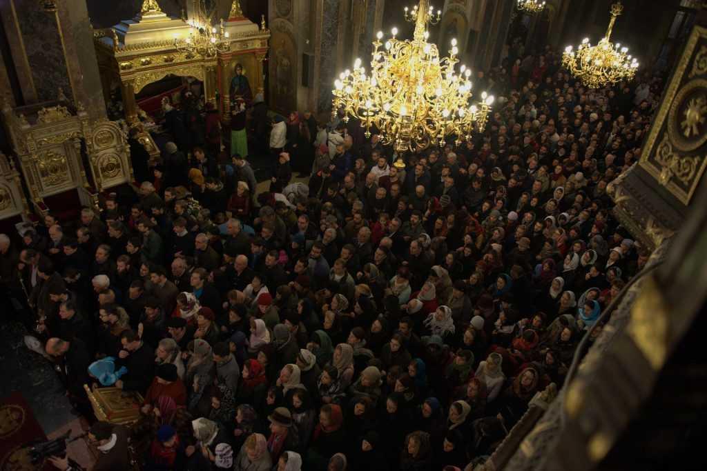 03-liturghie-catedrala-13noiembrie