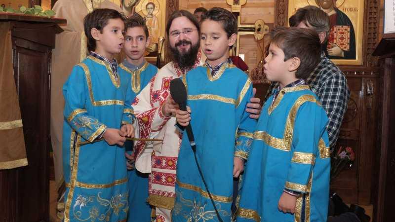 MESAJUL PREASFINTITULUI MACARIE, Episcopul Europei de Nord, pentru POSTUL CRACIUNULUI. Chemare la apropierea de inocenta copilariei, intr-o lume din ce in ce mai dezumanizata, pentru a ramane sensibili la Taina Intruparii (AUDIO)