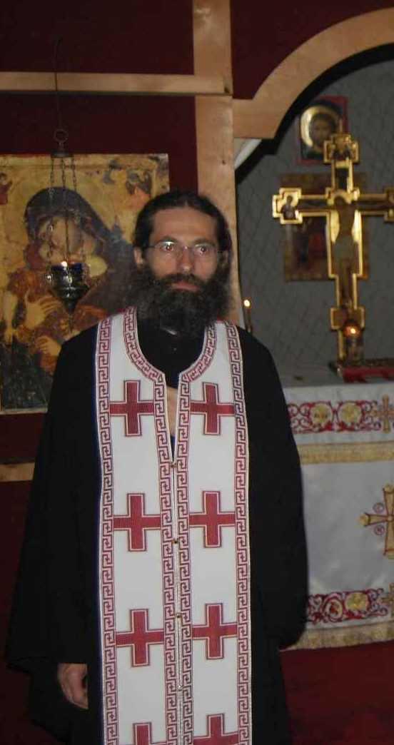 PARINTELE SERAFIM DE LA CEBZA &#8211; interviu in &#8220;Familia ortodoxa&#8221; despre DUHOVNICIE, pregatirea pentru Sfintele Taine, LUCRAREA LUI DUMNEZEU si SINCERITATEA CAUTARII MANTUIRII: <i>&#8220;Oamenii nu au curajul să meargă cu adevărat pe calea îngustă, deloc comodă, a Bisericii, nu mai caută veşnicia&#8221;</i>