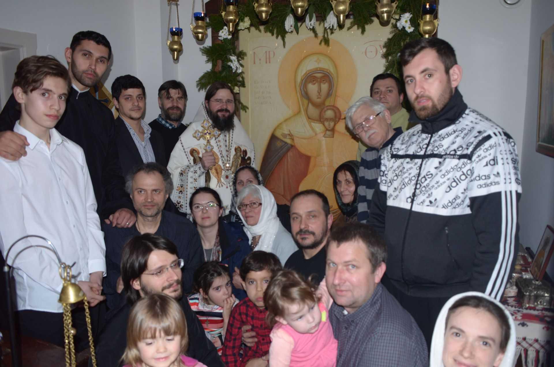 """PREASFINȚITUL MACARIE, Episcopul Europei de Nord despre NEVOIA VITALĂ a unor COMUNITĂȚI DUHOVNICEȘTI VII, în care <i>""""creştinii trebuie să fie deplin angajaţi în viaţa în Hristos, NU DOAR SĂ SOCIALIZEZE superficial"""". """"PAROHIA te poate ajuta să supravieţuieşti în lume ca creştin, dar nu ar trebui să devină o """"ȘCOALĂ A VEDETELOR"""", ci un ATELIER AL FRĂȚIETĂȚII""""</i>"""