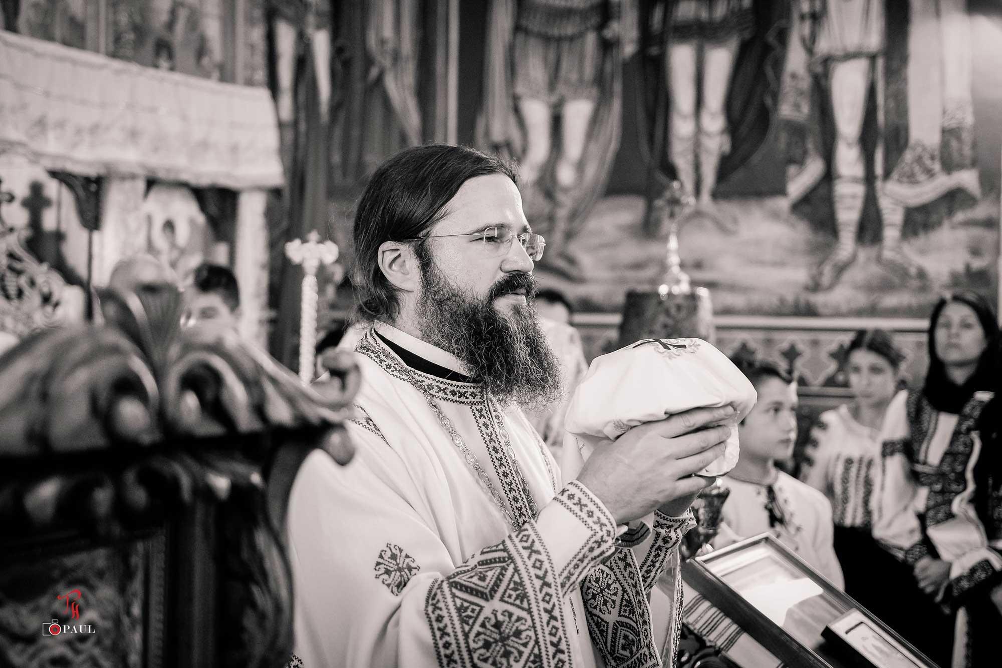 """PILDA NUNȚII FIULUI DE ÎMPĂRAT – cuvântul PS MACARIE, Episcopul Europei de Nord: SUNTEM GATA DE NUNTĂ? NU NE PUTEM JUCA CU FOCUL, CU MÂNTUIREA! <i>""""Să nu facem din îndelunga dragoste a lui Dumnezeu prilej de păcat pentru noi!""""</i> (AUDIO, text)"""