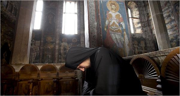Sfantul Nicodim Aghioritul despre folosul spovedaniei dese si despre paza de pacat