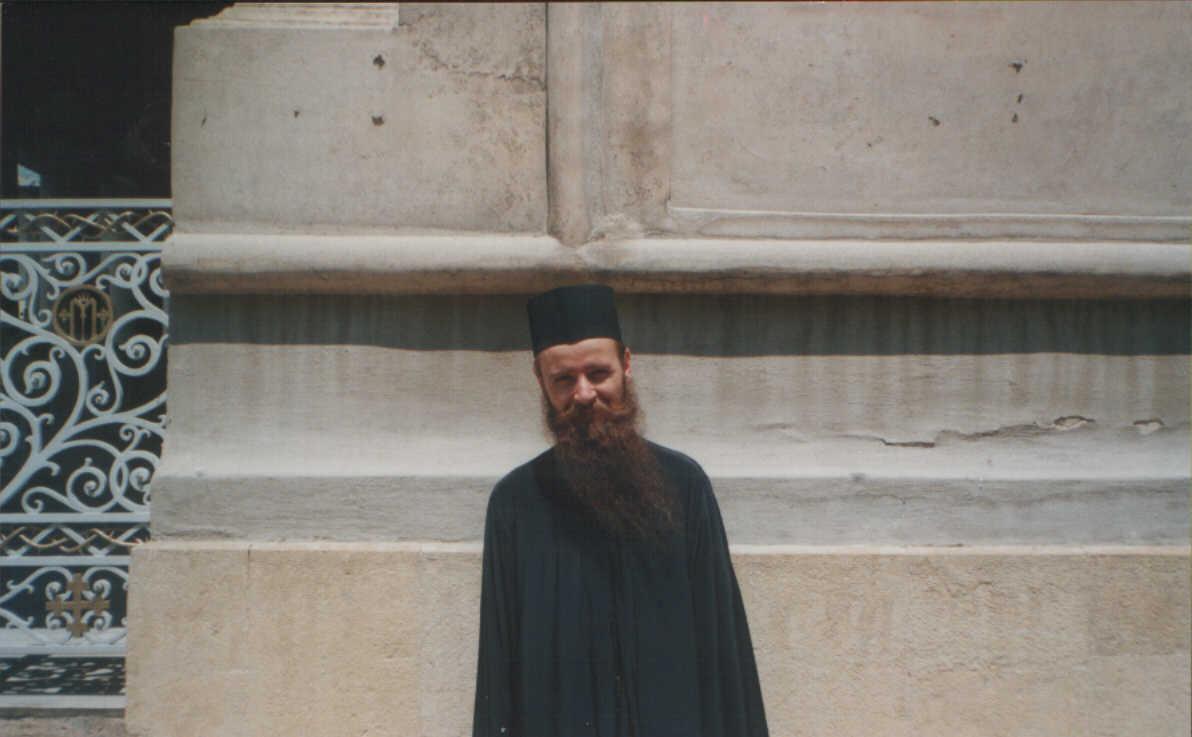 Parintele Arsenie Muscalu: VIATA IN BISERICA (II). Cum a lucrat Duhul Sfant la Cincizecime in Apostoli si cum lucreaza in noi? FOCUL DUHULUI SFANT SI STRAPUNGEREA INIMII